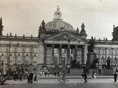 photo Bundestag 1920s