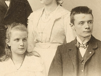 Eberhard and his sister Hannah as children